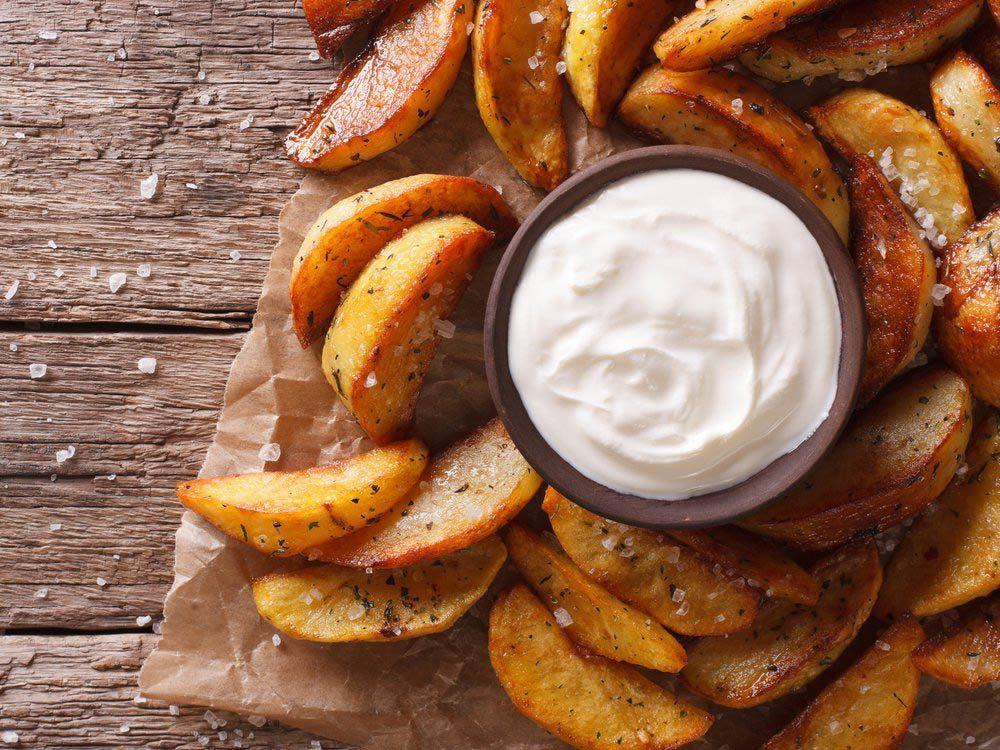 Condiments à éviter: la mayonnaise.
