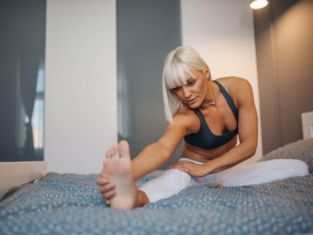 Il existe des entraînements faciles à faire dans votre lit.