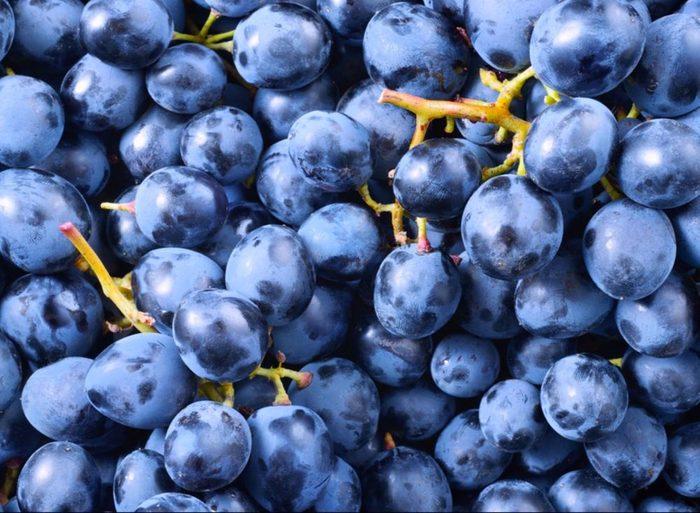 Profitez des fruits et légumes: le raisin.
