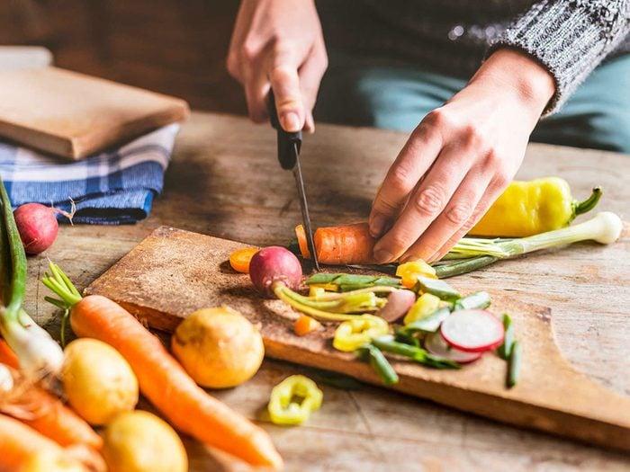 Si vous avez de la graisse abdominale, c'est peut-être parce-que vous ne manger peut-être pas assez de légumes.