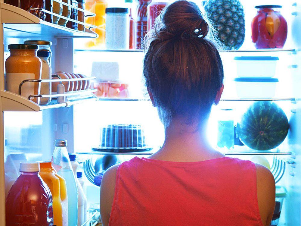 Pendant vos règles, vous succombez à vos fringales ce qui n'aide pas à perdre votre graisse abdominale.