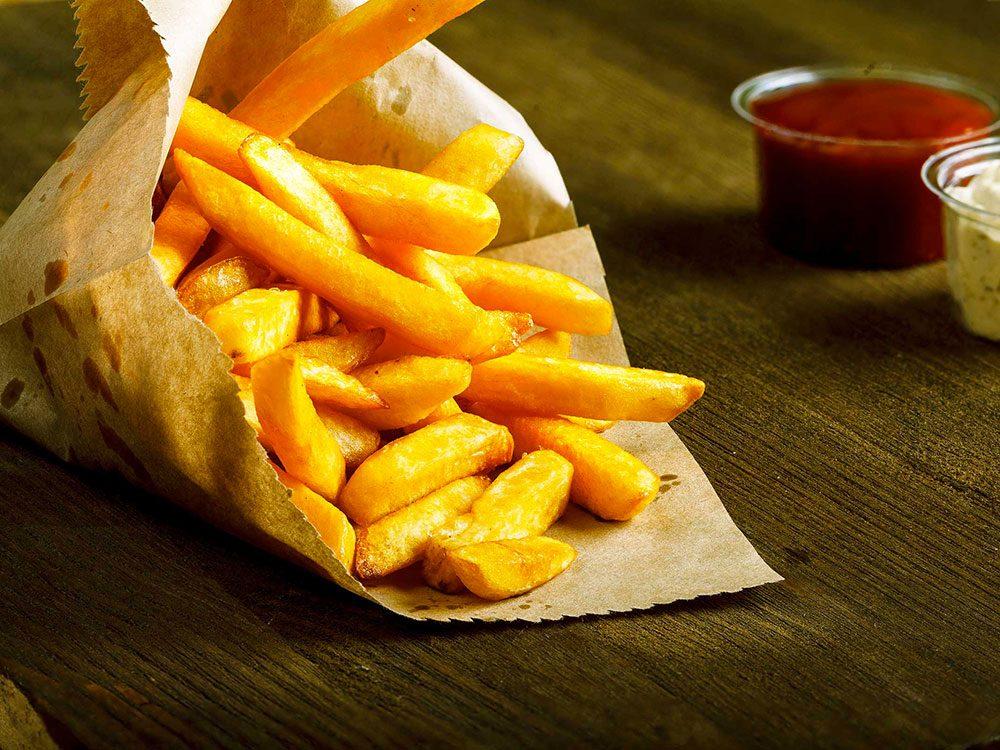Pour perdre votre graisse abdominale, oubliez les aliments frits.