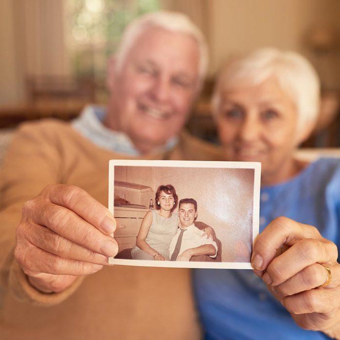 25 questions à poser à vos grands-parents