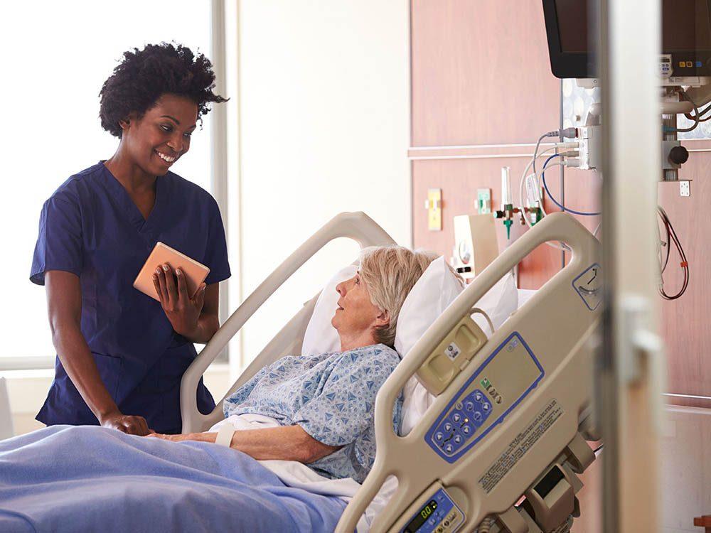 Le travail des infirmières est exigeant.