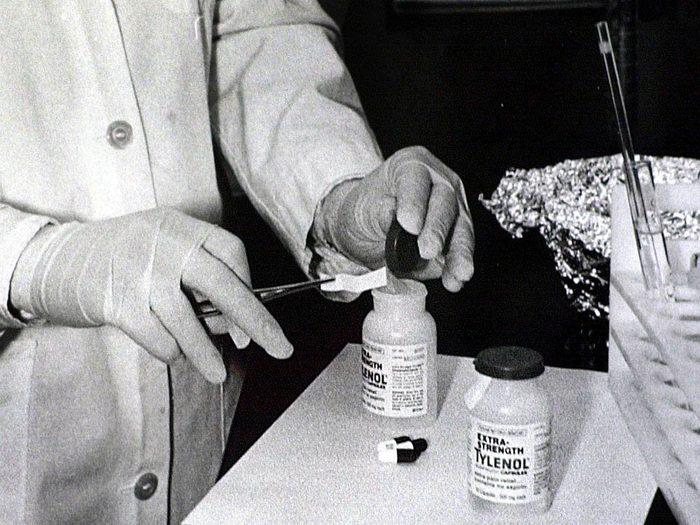 Le dossier du Tylenol contaminé reste non élucidé.