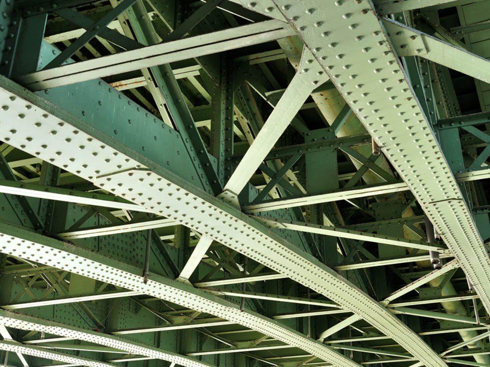 Le palmarès des objets volés les plus étranges comprend un pont.