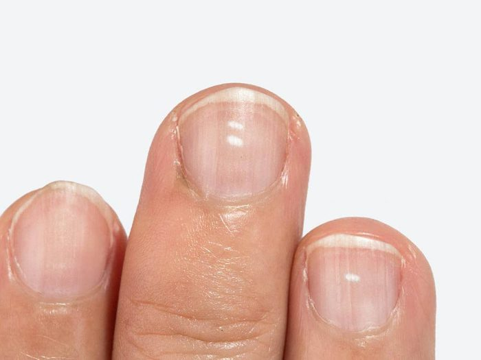 Parties du corps à laver: sous les ongles.