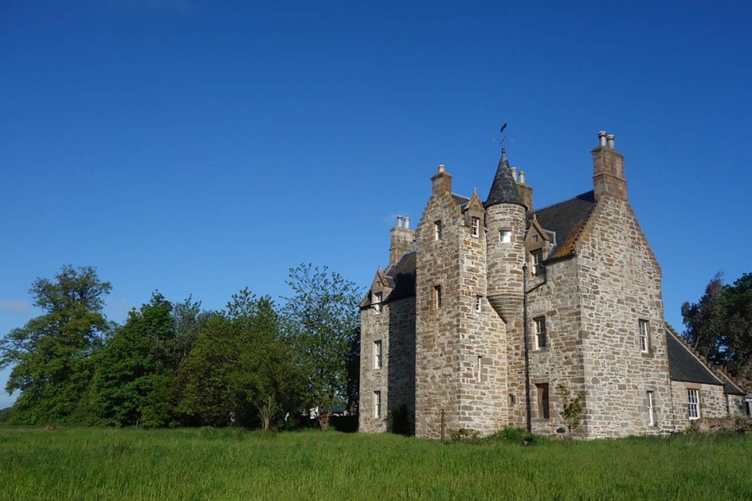Partez à destination d'Illieston Castle à Newbridge, en Écosse