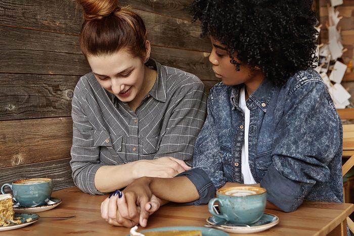 Communication en couple : Dites « je » plutôt que « vous »