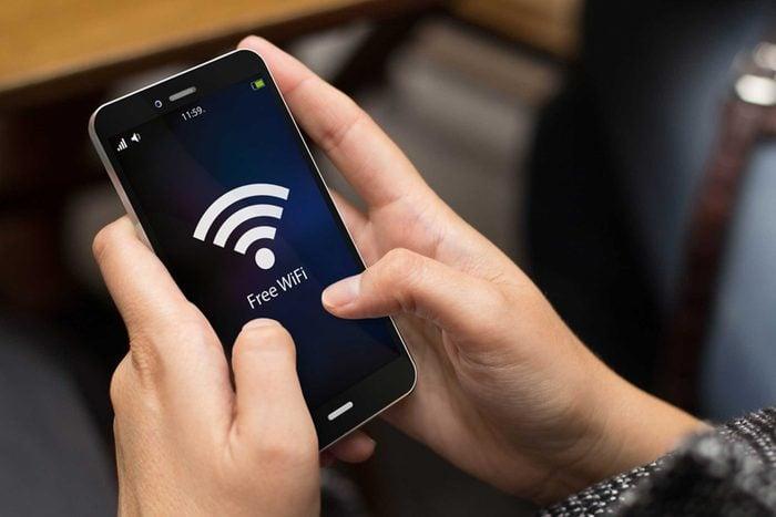 À l'aéroport n'acheter pas de Wi-Fi