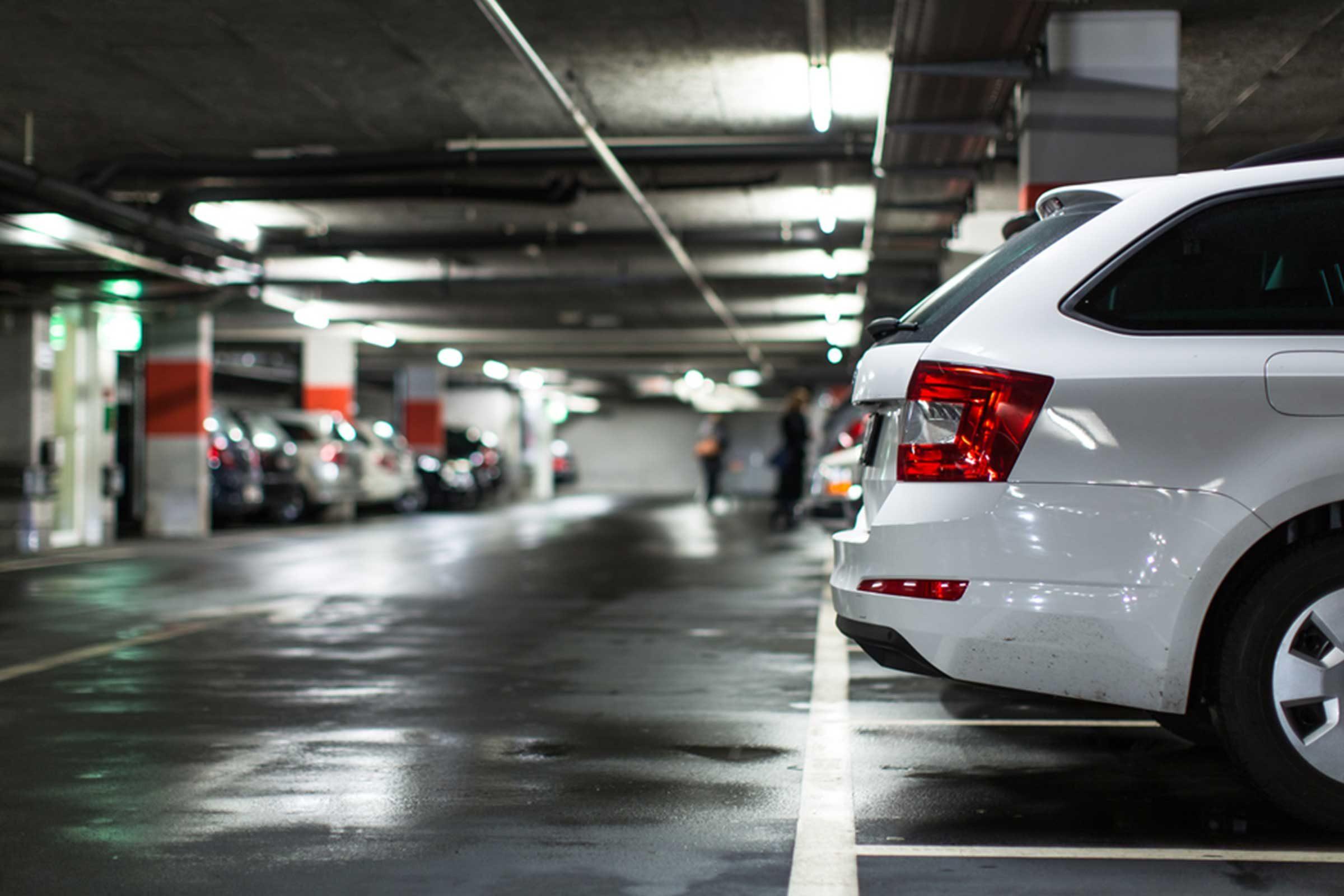 N'attendez pas d'être à l'aéroport pour une voiture de location