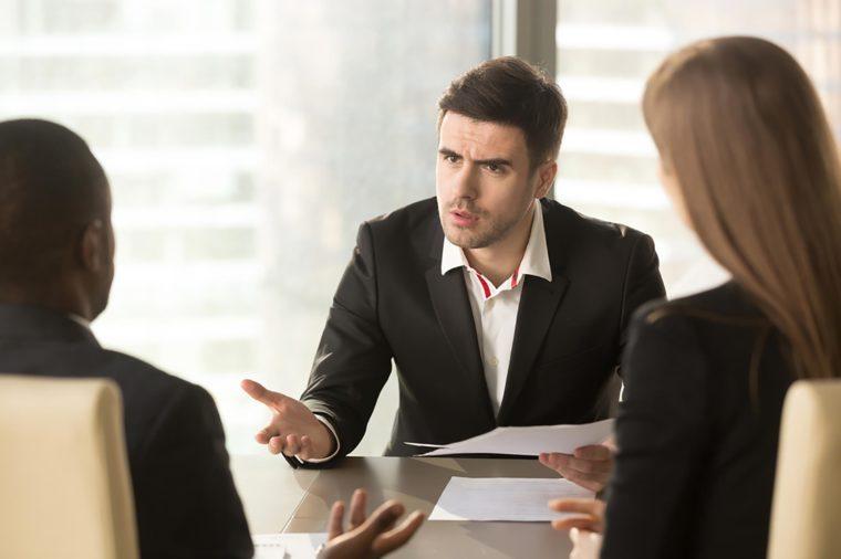 Pour bien commencer les choses avec un nouveau client ou un nouveau collègue, soyez respectueux de son temps.