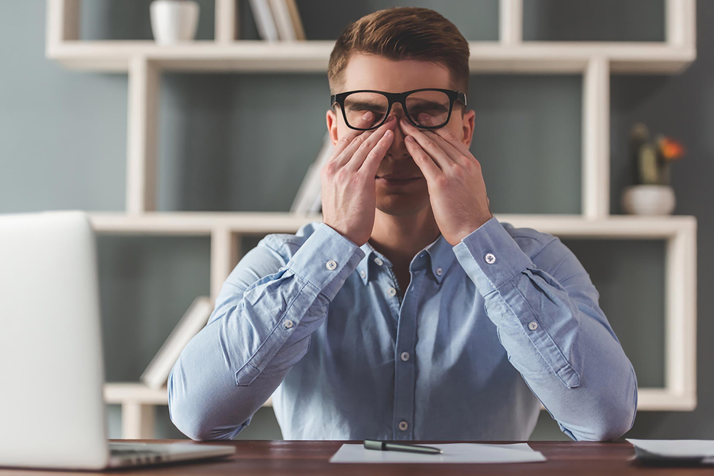 Le stress vous empêche de garder les yeux ouverts