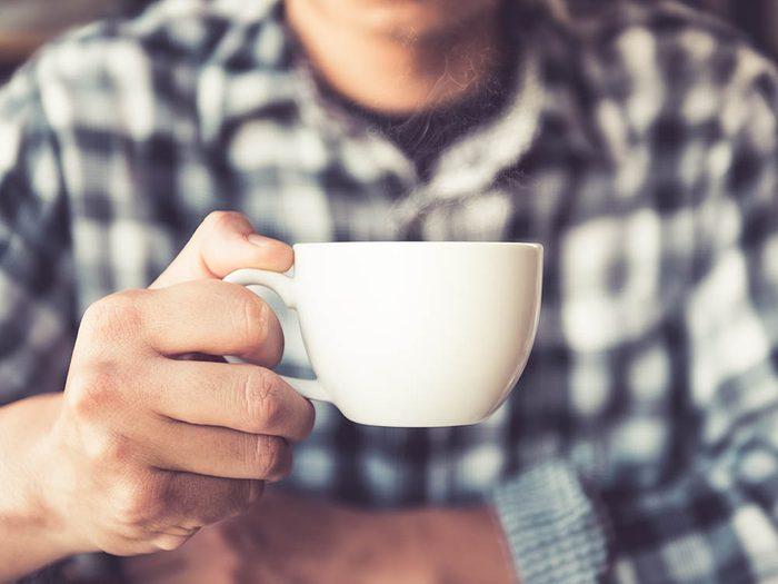 Pour réduire le risque d'Alzheimer, buvez votre café le matin uniquement.