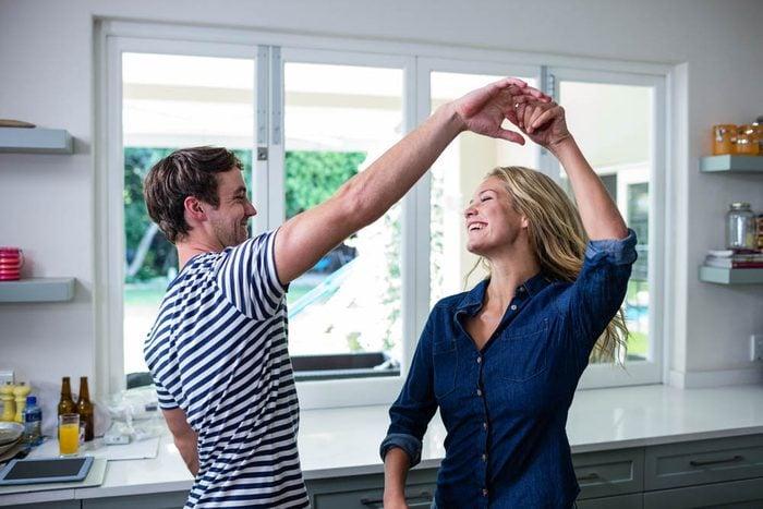 Alzheimer : la danse est un bon moyen de se protéger de la maladie.