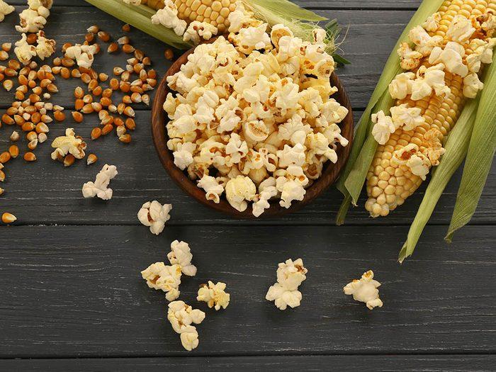 Pour réduire le risque d'Alzheimer, faites votre maïs soufflé maison.