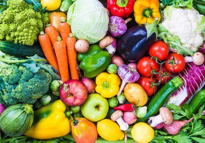 Pour réduire le risque d'Alzheimer, mangez des fruits et légumes colorés.