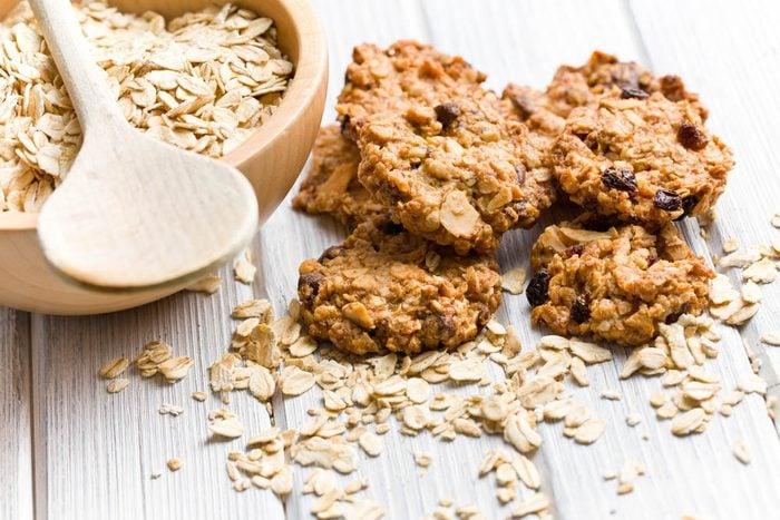 Essayez une recette de biscuits au muesli faibles en gras.