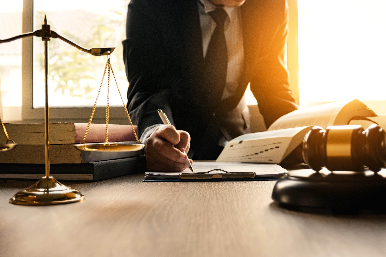 La clinique juridique est une alternative pour ceux qui n'ont pas les moyens d'engager un avocat.