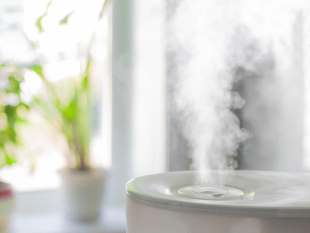 Pour limiter la consommation d'électricité, humidifiez l'air de la pièce.