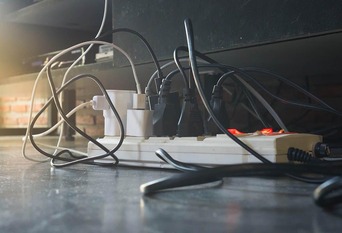 Réduisez votre consommation d'électricité en utilisant des multiprises faciles à éteindre.