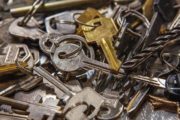 Votre dentiste ne tient pas ses clés entre ses dents.