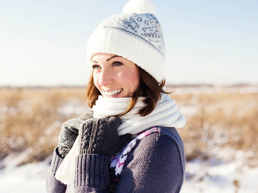 Votre dermatologue vous recommande de particulièrement hydrater votre peau en hiver.