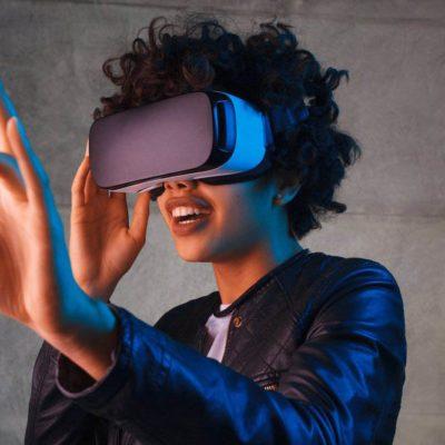 Emploi du futur : nous aurons bientôt besoin de programmateurs de réalité virtuelle.
