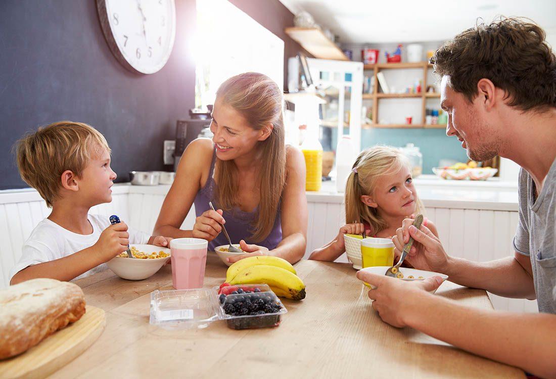 Passez du temps en famille en mangeant ensemble tous les jours.