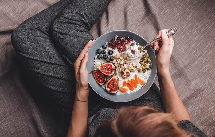 Prévenez un problème de glande thyroïde en ayant une alimentation saine.