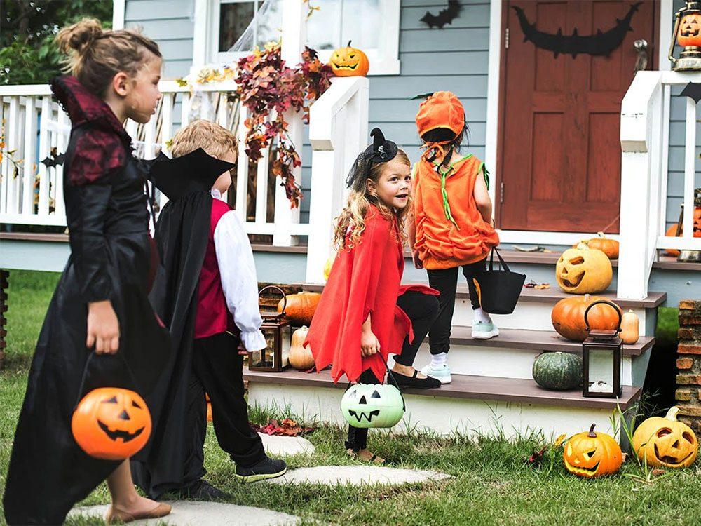 L'Halloween a un côté sombre: elle servait à se déguiser pour ne pas être reconnu.