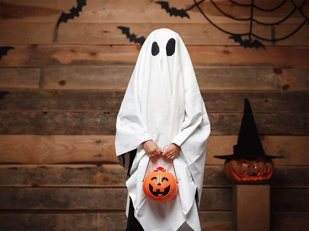 À l'origine, l'Halloween était une fête païenne au cours de laquelle on honorait les morts.