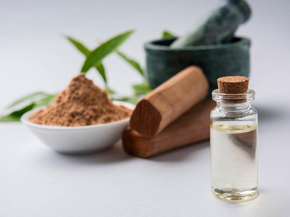 Huiles essentielles : le bois de santal est un bon remède naturel pour soulager la toux.
