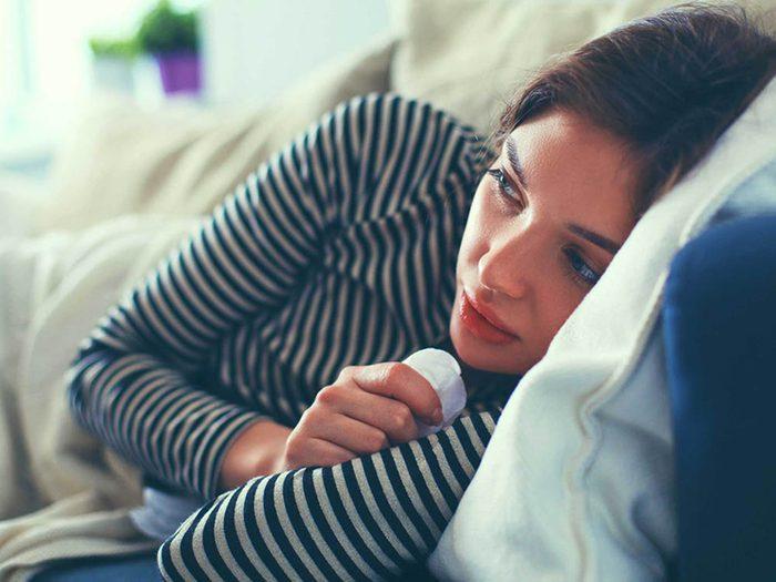 Utilisez des huiles essentielles pour soigner le rhume ou la grippe.