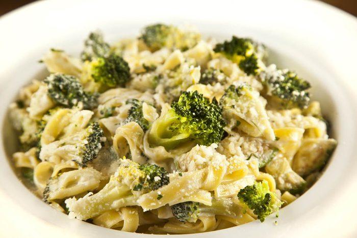 Meilleures recettes de pâtes : fettucine au brocoli.
