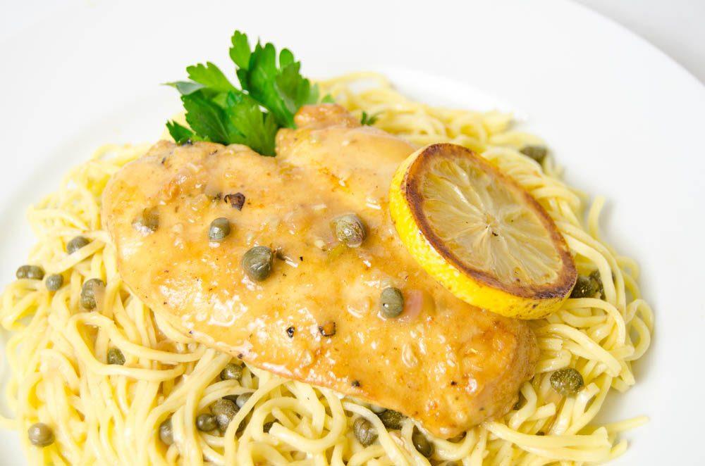Piccata de dinde, spaghettis au chou frisé et citron
