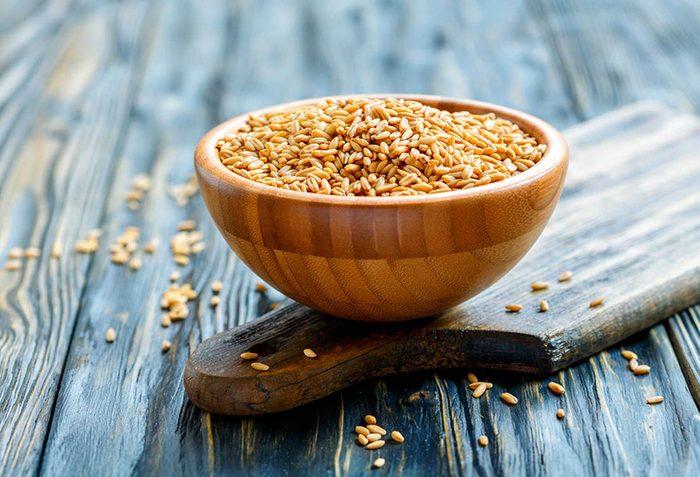 Pour fortifier le métabolisme, favorisez les grains entiers.