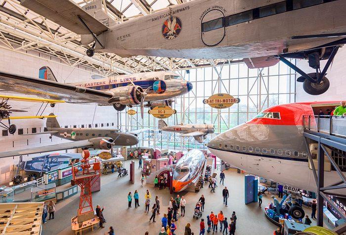 Musées du monde : visitez le le National Air and Space Museum.
