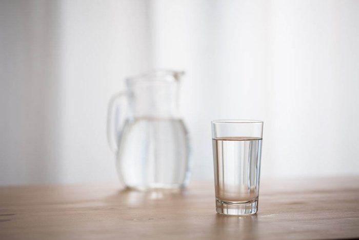Pour perdre du poids, tenez-vous en à l'eau.