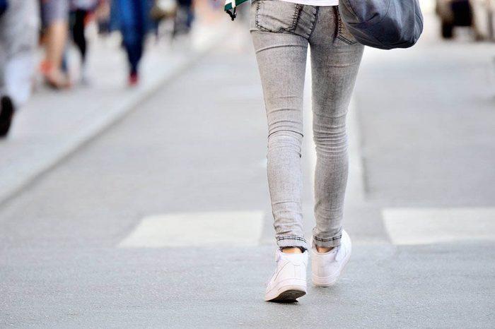Pour perdre du poids, marchez avant le souper.