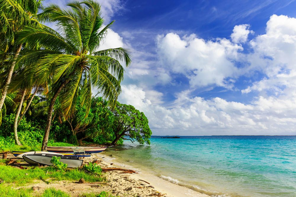 Le petit pays de Kiribati est un archipel de 33 atolls.