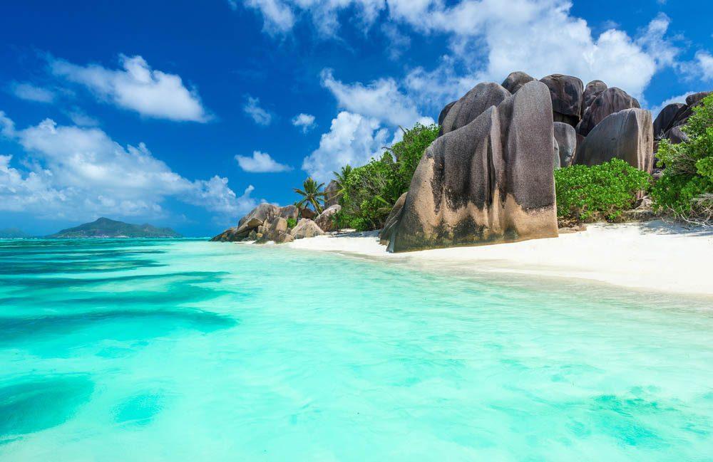 Le petit pays Des Seychelles est un archipel de 115 îles.