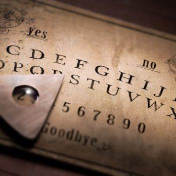 12 récits de la planche de Ouija à vous donner froid dans le dos