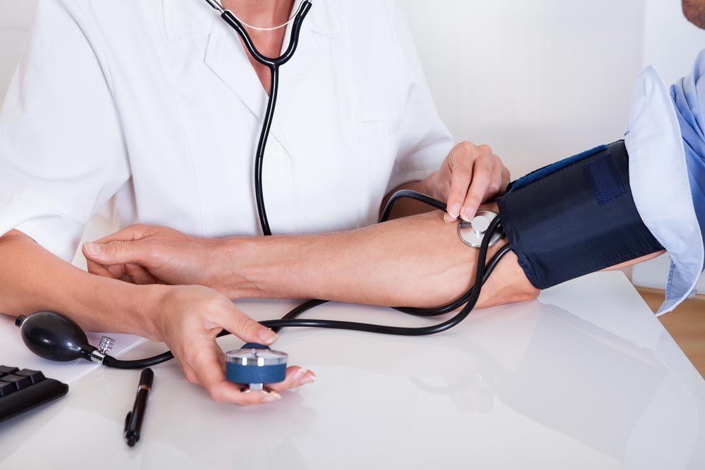 Le BPA contenu dans le plastique accroît la tension artérielle.