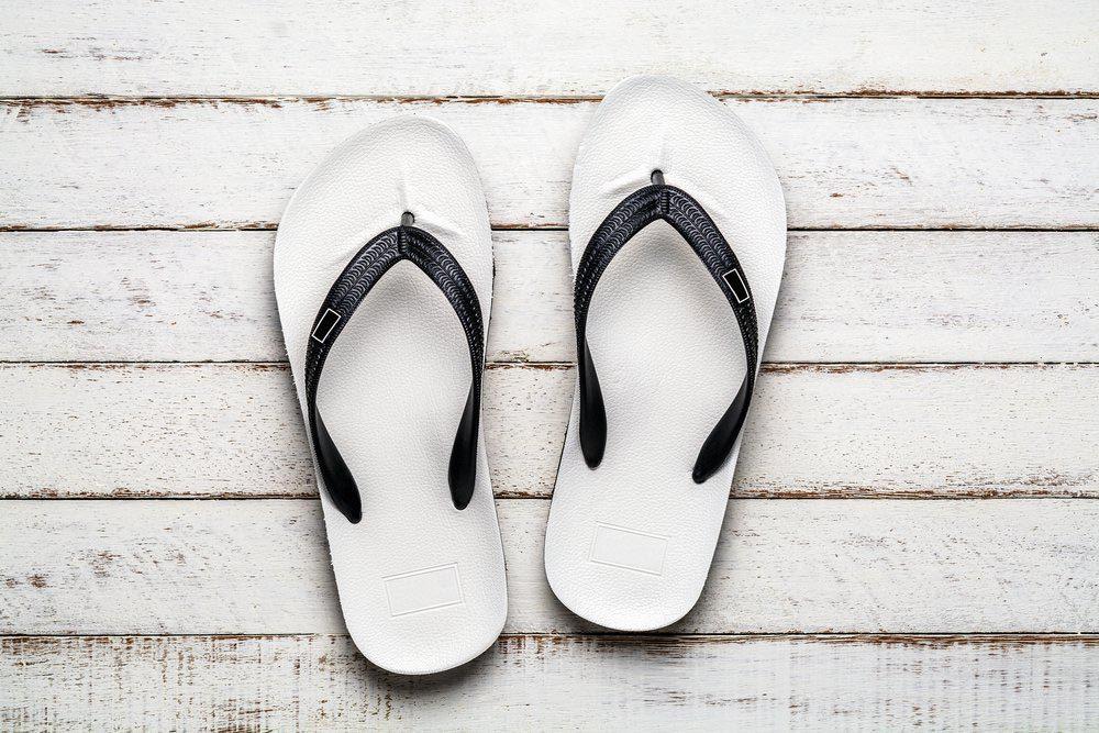 Les chaussures en plastique sont toxiques.