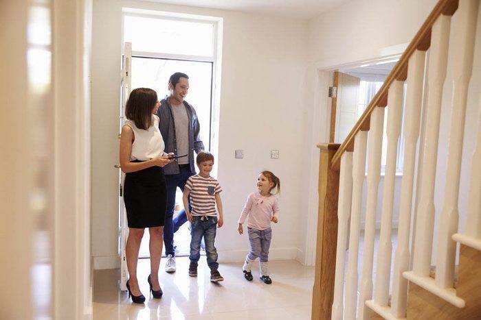 Première maison : questionnez votre courtier immobilier sur sa connaissance de la région.