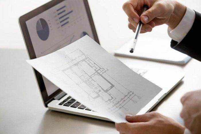 Pour acheter votre première maison, réunissez les documents nécessaires.