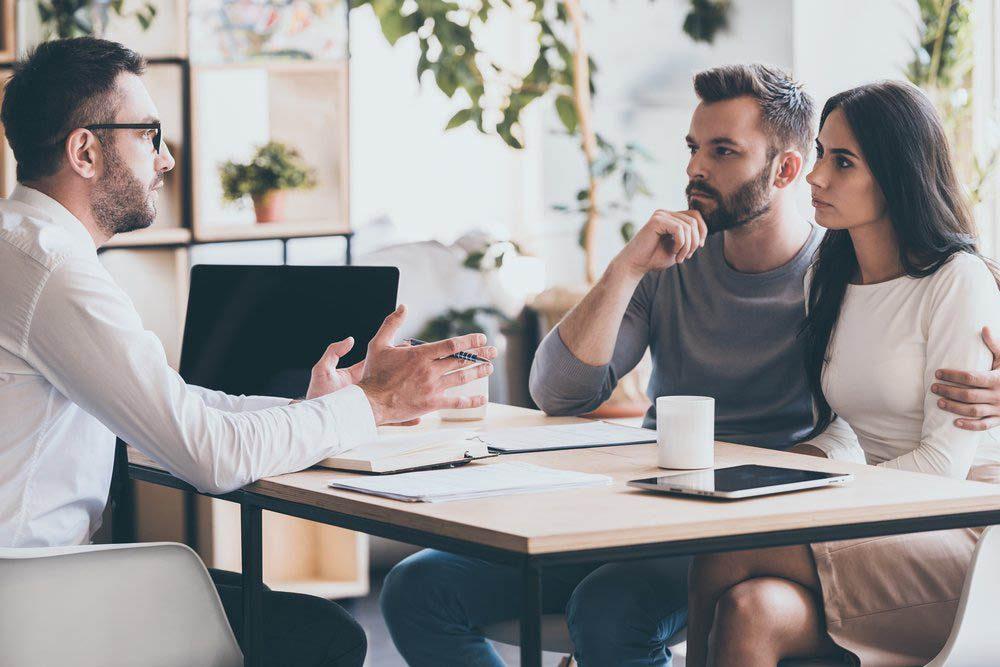 Première maison : questionnez votre courtier immobilier sur son expérience.