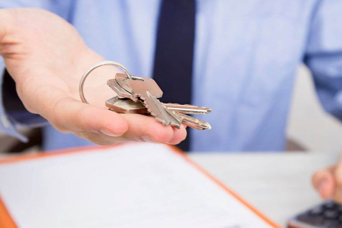 Avant d'acheter une première maison, calculez votre pouvoir d'achat.