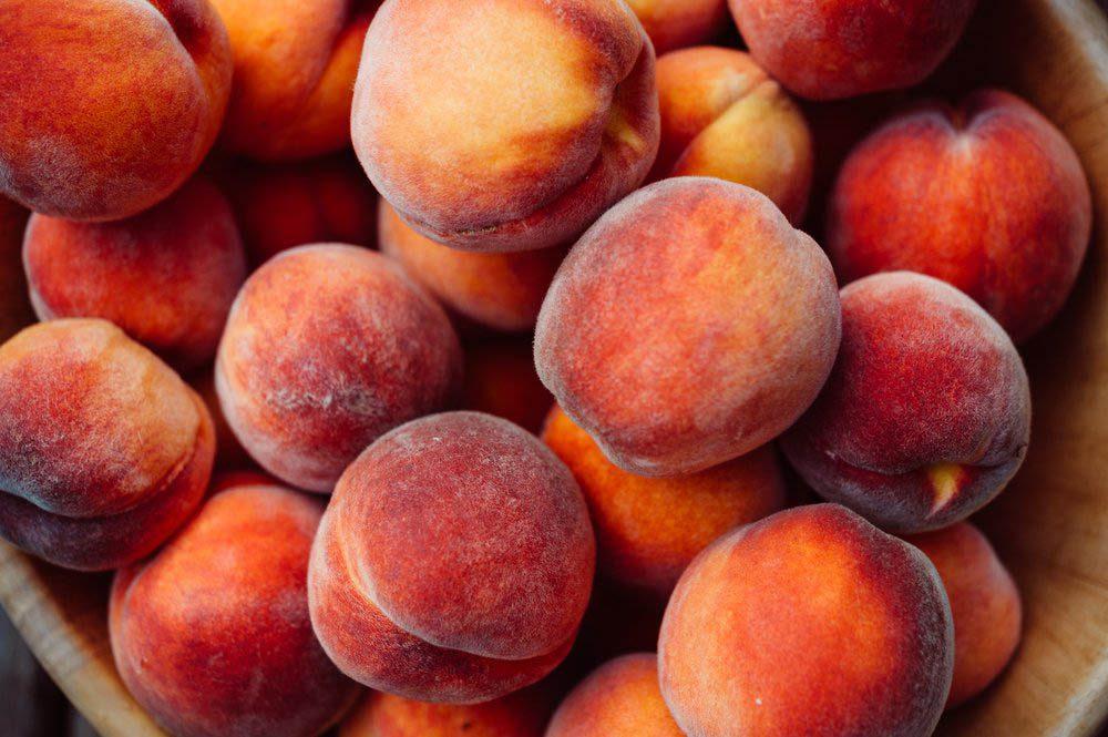 Ne mettez pas au réfrigérateur les fruits à noyaux.
